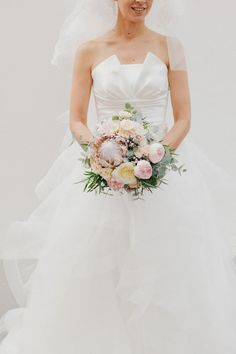 Beautiful Pink peonies bridal bouquet | Photography by http://www.igloophotoblog.com/Blog