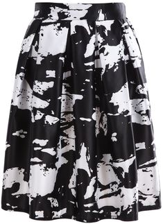 Shop White Black Rose Print Pleated Skirt online. SheIn offers White Black Rose Print Pleated Skirt & more to fit your fashionable needs.