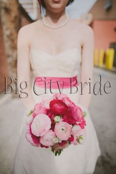 Perfectly pink bouquet! #bigcitybride #chicagowedding  #chicagoweddings #chicago #wedding #weddings #weddingplanner #weddingplanners #weddingday #flowers