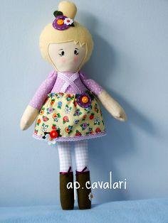 A doll called Anita would be a welcome addition to any little girls playtime. www.facebook.com/... bonecas de tecido feita por ana paula cavala  bonecas de pano chamada Anita,  feita por  Ana Paula Cavalari www.facebook.com/apcavalari  my Mary Engelbreit doll