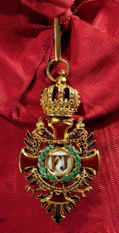 Franz Joseph Order, Grand Cross sash badge, with WD of lesser grade, Vinc Mayer's Sohne, Vienna.