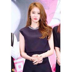 Good morningEverybody✌️ #Jiyeon #Eunjung #Hyomin #Boram #Soyeon #Qri #t_ara