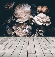 Donkere vintage bloemen behang dramatische floral muur