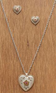 cowgirl jewelry ;)