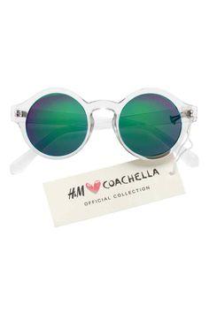 1010eda7c6850 73 melhores imagens de Glasses   Sunglass hut, Lenses e Sunglasses