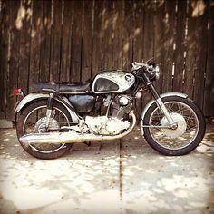 1966 Honda CB77