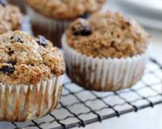 Easy, delicious and healthy Flourless Banana Mash Muffins recipe from SparkRecipes. See our top-rated recipes for Flourless Banana Mash Muffins. via These have oats. Honey Bran Muffins, Raisin Muffins, Oatmeal Muffins, Berry Muffins, Apple Muffins, Muffin Recipes, Breakfast Recipes, Breakfast Muffins, Goodies