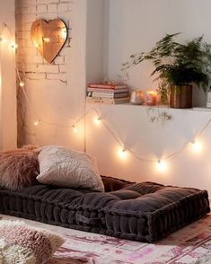 Sweet and Romantic Bedroom Ideas You Would Love To Have; Sweet and Romantic Bedroom Decoration; Sweet and Romantic Bedroom; Sweet and Romantic Bedroom Design;Sweet and Romantic Bedroom Decor; Home Interior, Interior Design, Design Design, Design Ideas, Salon Design, Modern Design, Meditation Space, Room Ideas Bedroom, Bed Room