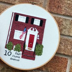Just finished up a custom home portrait hoop of this brownstone beauty! Creative Embroidery, Embroidery Applique, Cross Stitch Embroidery, Cross Stitch Patterns, Embroidery Ideas, Cross Stitch Family, Cross Stitch House, Portrait Embroidery, Cross Stitching