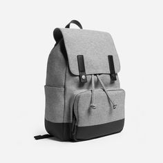The Modern Snap Backpack - Everlane. A dependable companion for all of your journeys. Best Travel Backpack, Mens Travel Bag, Laptop Backpack, Backpack Bags, Travel Bags, Leather Backpack, Fashion Backpack, Weekender Bags, Tote Bags