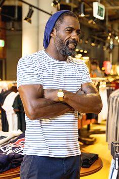Idris Elba visits the Superdry store at Westfield Bondi Junction in Sydney, New South Wales on September Idriss Elba, Black Men Beards, Morris Chestnut, Michael Ealy, Superdry, Stylish Men, Gorgeous Men, Sexy Men, Sexy Guys
