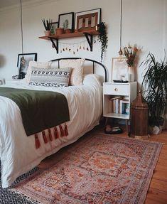 Help specified bohemian home decor gypsy Bohemian Bedroom Decor, Bedroom Inspo, Bedroom Ideas, Dream Bedroom, Home Bedroom, Bedrooms, Scandi Living, Aesthetic Room Decor, Bedroom Styles