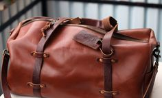 Berlin Muse! Leather holdall