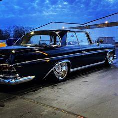 Custom Mercedes, Mercedes Benz Cars, Classic Mercedes, Air Ride, Modified Cars, Cool Cars, Classic Cars, Bmw, Black Cars