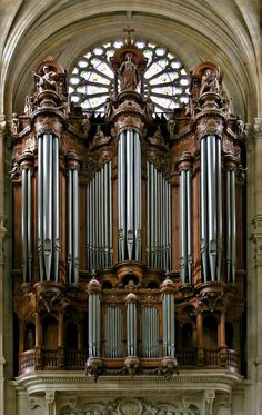 Pipe organ in St Eustache, Paris, France by churchmouse