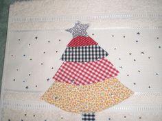 toalhimha para lavavbo em algodão com patch aplique de árvore de Natal com strass coloridos
