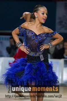 So happy! To dance is to Love life! Latin Ballroom Dresses, Latin Dresses, Ballroom Hair, Ballroom Dancing, Baile Latino, Salsa Dress, Junior Dresses, Dance Outfits, Dance Costumes