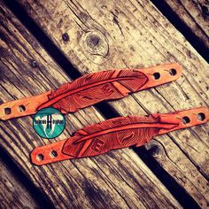 Custom feather spur straps by Bucking H Designs