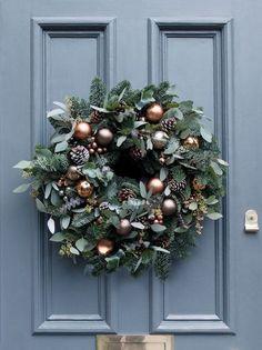 Best 25+ Christmas Door Wreaths