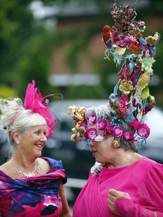 royal ascot hats 2013 | Visitors with fancy hats arrive for the Ladies' Day of Royal Ascot, in ...