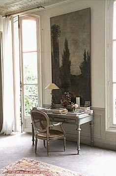 .wonderful writingf desk