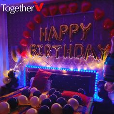 The best ideas for birthday and anniversary room decorations to plan an amazing surprise . The best ideas for birthday and anniversary room decorations to plan an amazing surprise for your loved ones. Birthday Decorations At Home, 18th Birthday Party Themes, Happy Birthday Celebration, Anniversary Decorations, 14th Birthday, Birthday Diy, Balloon Decorations, Birthday Room Surprise, Birthday Surprise For Husband
