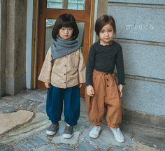Micca's Fall collection is now online. Micca's clothing has a girly look with a touch of cuteness. The design style is best characterized as French romantic. The products are well-made with comfortable fabrics. Boys Fall Fashion, Toddler Boy Fashion, Fall Fashion Outfits, Little Girl Fashion, Kids Outfits, Cute Outfits, Baby Outfits, Cool Kids Clothes, Little Girl Dresses