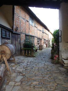 Yard in Stratford Upon Avon, England