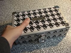 Tangle box - emilyhoutz: My Tangle Tool Box and Reference Cards