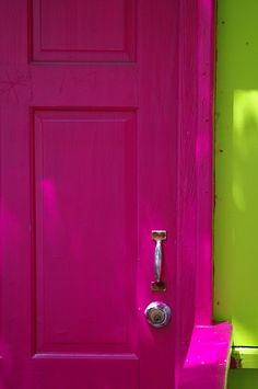 Pink & green home. I may do a hot pink door in my house. Thinking all of the hallway doors may be different colors. Pink Love, Bright Pink, Pretty In Pink, Pink And Green, Hot Pink, Pretty Green, Magenta, Purple, Colour Pallette