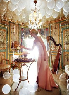 MAGICAL ~ oh yes... *I do something like this each year for my kids for their birthdays-they wakeup to a room full of balloons birthday morning*