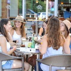 Auch wenn sich der #Sommer ☀️ heuer etwas mehr Zeit lässt, unsere #Terrassen ⛱ sind #geöffnet und sehnen sich nach Dir! Was ist, kommst Du? #café, #kaffeehaus, #treffpunkt, #freunde, #familie, #gespräche, #kaffeehauskultur, #genuss, #auszeit, #soulfood, #willkommen, #welcome, #benvenuti, #wörthersee, #klagenfurt, #pörtschach, #villach, #bäckvomsee, #wienerroither, #maguat foto: ©kaerntenphoto   M & M Assam Klagenfurt, Table Decorations, Home Decor, Fashion, Villach, Coffee Cafe, Culture, Moda, Decoration Home