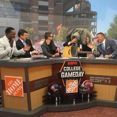 If BAMA WINS tonight we will kick off our #CampusLegagcyCollection with our #Bama themed apparel and accessories! Comment below what you think the final score will be! The first comment that is correct or the closest will win Welsh Wear Bama Campus Legacy Collection  apparel and accessories! #rolltide TAG YOUR FRIENDS SO THEY CAN ENTER TOO! #wwcampuslegagcycollection