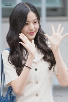ACCOUNT FOR U Uzzlang Girl, Japanese Girl Group, Sweet Girls, Kpop Girls, Ulzzang, Asian Girl, Hair, Grunge Girl, Beautiful