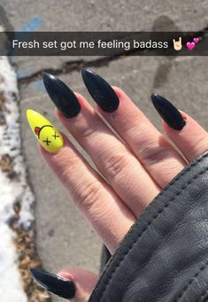 50 perfect almond nail art designs for this winter 01 - Nails did. - - 50 perfect almond nail art designs for this winter 01 – Nails did. Aycrlic Nails, Hair And Nails, Punk Nails, Edgy Nails, Coffin Nails, Simple Stiletto Nails, Matte Stiletto Nails, Toenails, Nail Nail