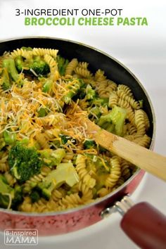Super Simple 3-Ingredient One-Pot Broccoli Cheese Pasta Recipe - for a Quick Family Dinner or Meal Side Dish - Sponsored by Barilla Pronto!