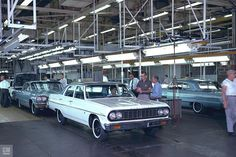 1964 Chevelle and Impala assembly line