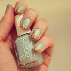 Glitter tip nails! (Essie Mint Candy Apple & Golden Nuggets) #nails #glitter #glitternails