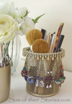 Gold spray paint earring  holder