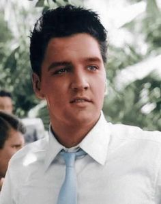 Elvis Presley.... Who doesn't love him!?