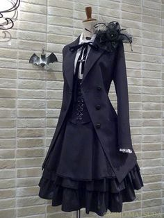 Dress classy black fashion styles 52 Ideas Source by fashion classy Old Fashion Dresses, Fashion Outfits, Emo Fashion, Fashion Clothes, Rock Fashion, Classy Fashion, Dress Fashion, Fashion Accessories, Fashion Shirts