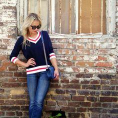 Sweter Cholet - to lekka, a zarazem ciepła propozycja dla kobiet ceniących klasykę. www.icobel.com