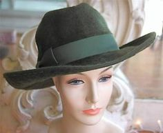 Vintage Woman's Green Fur Felt Wide Brimmed Fedora 1980s New Old Stock