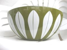 Catherine Holm Vintage Collectible Green by TheLittleTeacupShop, $95.00 Serving Bowls, Tableware, Green, Collection, Vintage, Dinnerware, Tablewares, Vintage Comics, Dishes