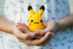 Let's capture this Chibi Pikachu and becomes the new star of the cartoon! No pokeball required :) Size (cm) (H) x (W) x (L) Materials Yellow / Brown / Black Acrylic Yarn Poly Fiberfill Safety Eyes Average Time 3 hrs by Crochet Master Pikachu, Pokemon, Quick Crochet, New Star, Black Acrylics, Yellow And Brown, Fingerless Gloves, Arm Warmers, Chibi