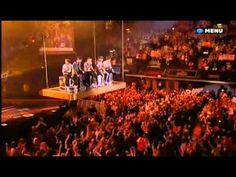 One Direction MOMENTS Live @ Teen Awards