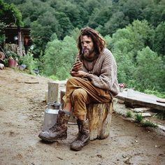 Fascinating Portraits of Europeans Who Have Abandoned Civilization for the Wilderness - Feature Shoot
