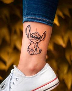Stitch tattoo ideas and designs. … From @ fatkat. - Stitch tattoo ideas and designs. … Of @ fatkat.pl – Art corner tattoos – DIY b - Cute Small Tattoos, Little Tattoos, Cute Tattoos, Beautiful Tattoos, New Tattoos, Body Art Tattoos, Tatoos, Cross Tattoos, Arrow Tattoos