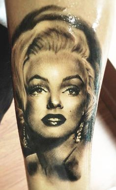 Tattoo Artist - Line Marielle Kloosterman - for some reason this is my favorite Marilyn Monroe tattoo. This artist it truly good.