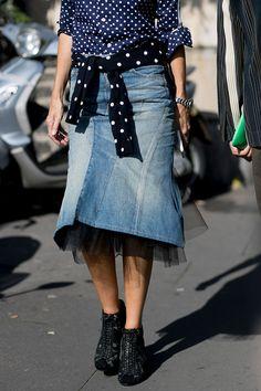 Спортивные штаны с лоферами Gucci и богемные платья и гру